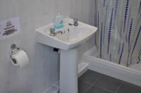 3 tipy ako zvoliť kúpeľňový nábytok do malej kúpeľne